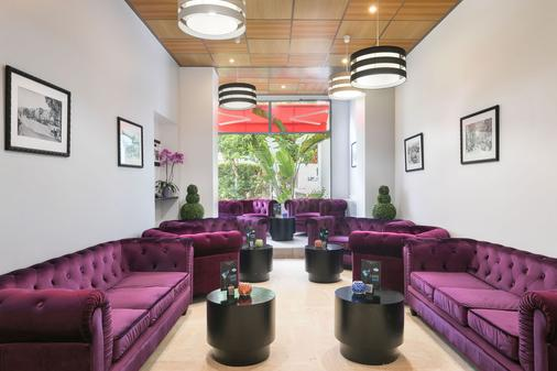 Best Western Plus Hotel Brice Garden - Νίκαια - Bar