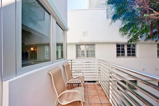 The Kent Hotel - Miami Beach - Balcony