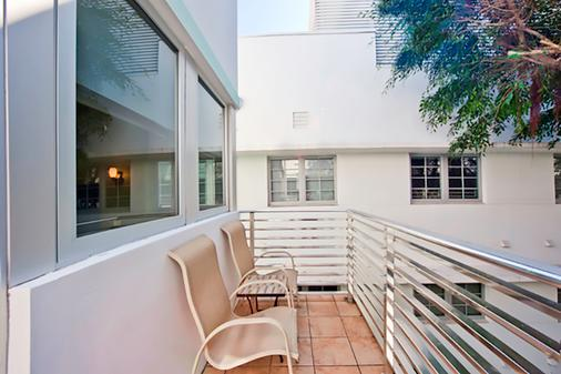 The Kent Hotel - Miami Beach - Parveke