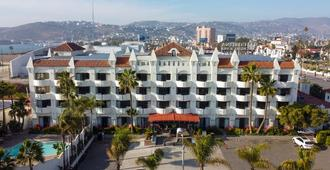 Corona Hotel & Spa - Ensenada - Building