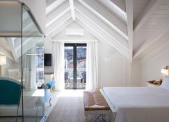 ذا ألي هوتل - ارغوستولي - غرفة نوم
