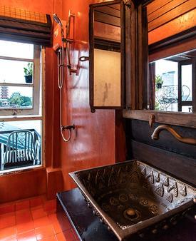盧瓦拉隆飯店 - 曼谷 - 浴室
