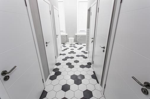 Jolly Hostel - Moscow - Bathroom
