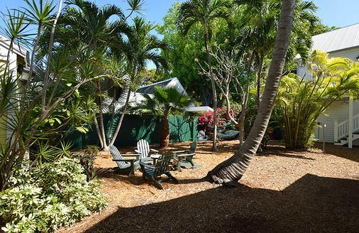 Key Lime Inn - Key West - Hàng hiên