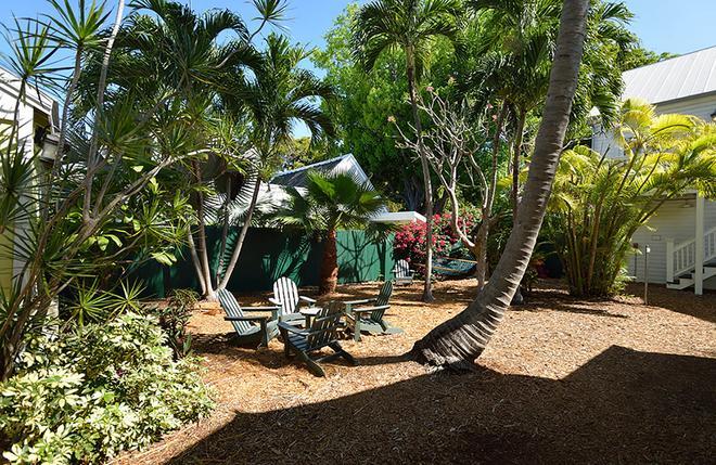 青檸檬基韋斯特旅館 - 西嶼 - 基韋斯特 - 天井