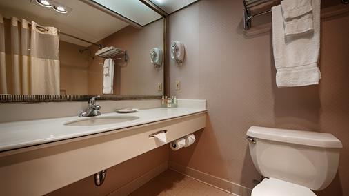 貝斯特韋斯特套房酒店 - 英格伍德 - 英格爾伍德 - 浴室