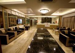 NK Grand Park Hotel - Chennai - Hành lang