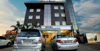 NK Grand Park Hotel - เชนไน