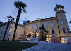 Villa Italia - Arco - Building