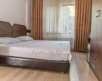 Amasra Ceylin Hotel - Amasra - Bedroom