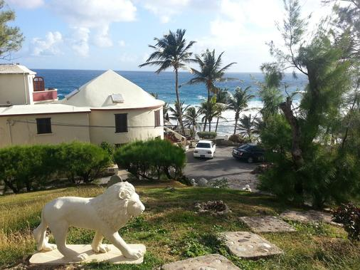 Round House - Bathsheba - Outdoors view