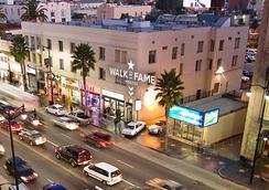 Walk of Fame Hostel - Los Angeles - Näkymät ulkona
