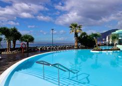 佩斯塔納灣海洋公寓酒店 - 芳夏爾 - 豐沙爾 - 游泳池
