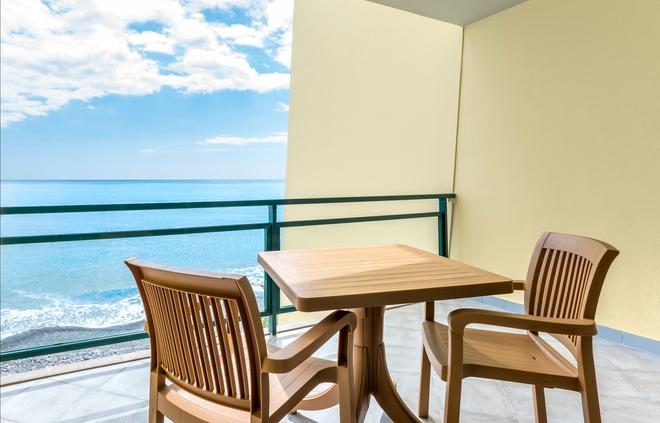 佩斯塔納灣海洋公寓酒店 - 芳夏爾 - 豐沙爾 - 陽台