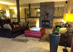 Brentwood Suites - Brentwood - Lobby