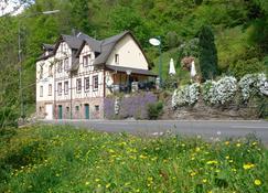 Hotel Haus Jungenwald - Traben-Trarbach - Gebäude