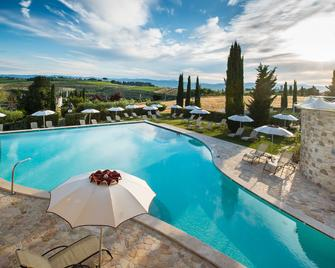 Borgobrufa Spa Resort Adults Only - Torgiano - Басейн