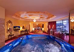 河濱城市酒店 - 柏林 - 柏林 - 客廳