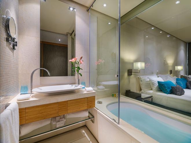 Aguas de Ibiza Lifestyle & Spa - Santa Eulària des Riu - Bathroom