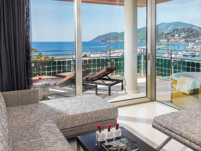Aguas de Ibiza Lifestyle & Spa - Santa Eulària des Riu - Balcony