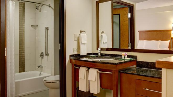 Hyatt Place Houston-North - Χιούστον - Μπάνιο