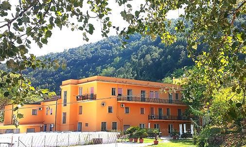 Sant'Antonio Terme, Ristorante & Hotel - Castelforte - Building