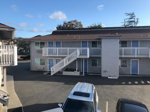 Pacific Inn - Monterey - Rakennus