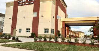 Grand Villa Inn & Suites - Houston - Building