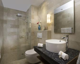 Luca Hotel by The Oxo House - Santo Domingo - Baño