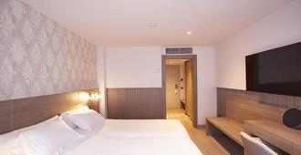 Hotel Plaza - Andorra la Vella - Phòng ngủ