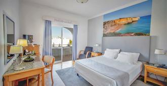 Hotel Maritur - Adults Only - Albufeira - Bedroom