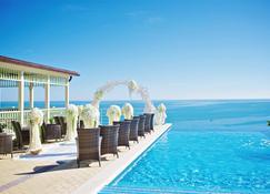 Grand Paradise Hotel - Dzhubga - Pool