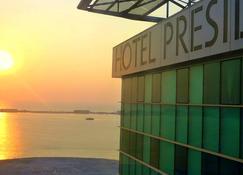 Hotel Presidente Luanda - Luanda - Edificio