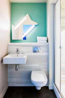 Ibis Budget Senlis - Senlis - Bathroom