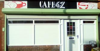Café 42 Bed & Breakfast - Lincoln - Edificio