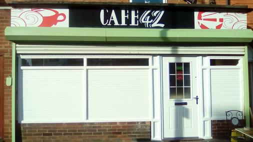 Café 42 Bed & Breakfast - Lincoln - Building