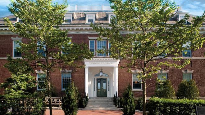 The Vanderbilt - Auberge Resorts Collection - Newport - Building