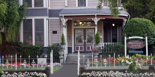 Hennessey House Bed and Breakfast - Napa - Building