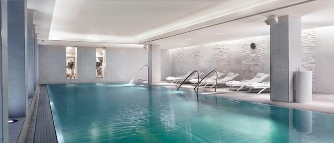 The Ritz-Carlton, Vienna - Vienna - Pool