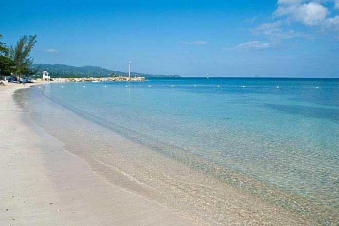 Sunscape Splash Montego Bay - Montego Bay - Beach