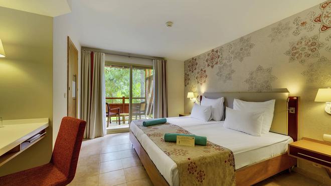 恰姆尤瓦羅賓遜俱樂部飯店 - 式 - 凱梅爾 - 臥室