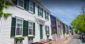 The Summer House India Street - Nantucket - Building