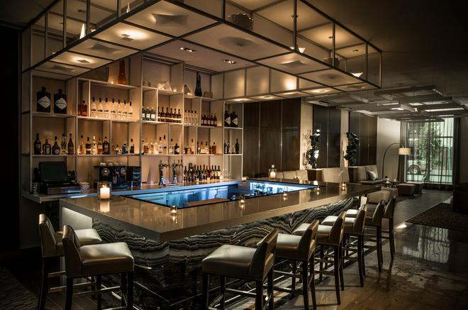 AC Hotels by Marriott New Orleans Bourbon - New Orleans - Bar