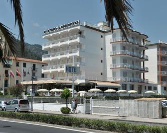 Pietra di Luna Hotel - Maiori - Κτίριο