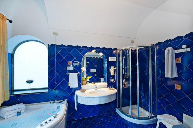 Hotel Savoia - Positano - Bathroom