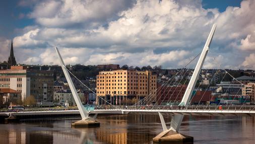 City Hotel Derry - Derryn kreivikunta - Rakennus