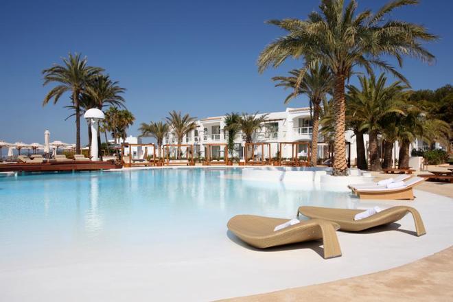 Destino Pacha Resort - Ibiza - Pool