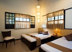 Bahay Bakasyunan Sa Camiguin - Mambajao - Bedroom