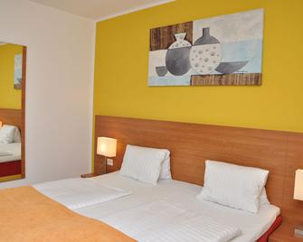 Hotel Torwirt - Wolfsberg - Bedroom