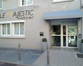 Hôtel Le Majestic - Кане-ан-Русийон - Здание